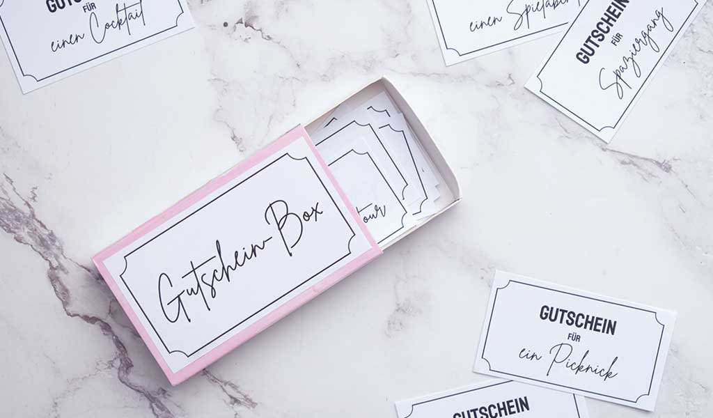 DIY Gutscheinbox mit unterschiedlichen Gutscheinideen
