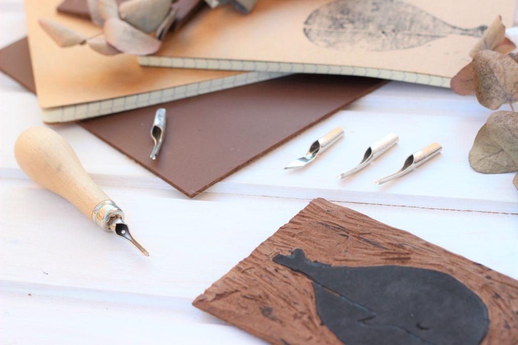 Saskia von Farbenmädchen Linolschnitt Tipps