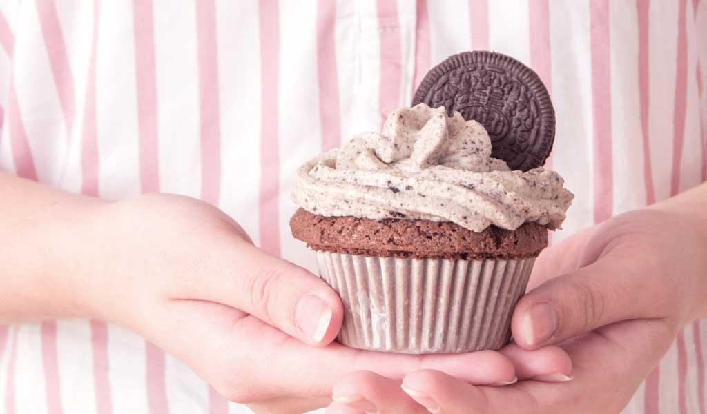 Selbstgemachter Cupcake aus Oreo Keksen